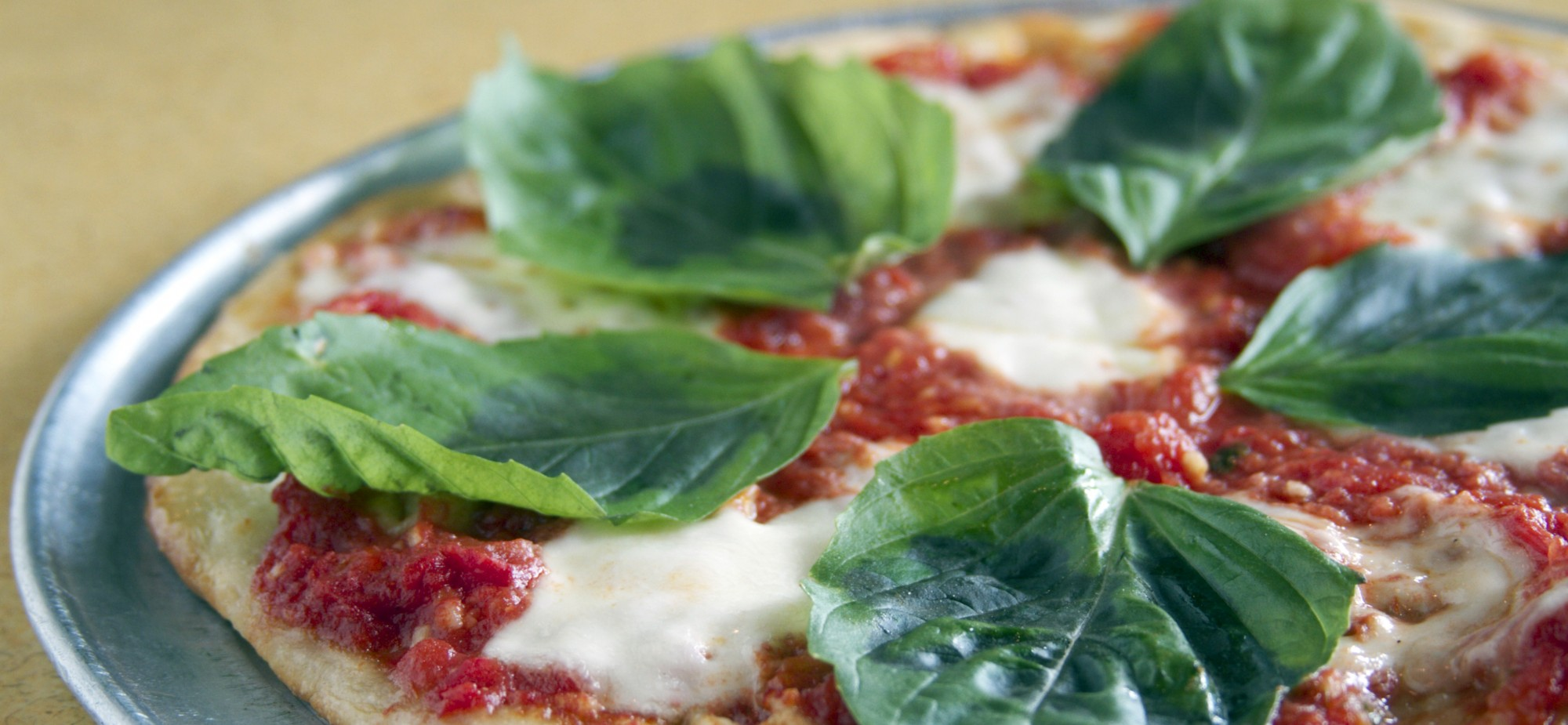 Pizza, Mozzarella, Fresh, Basil, wood, oven